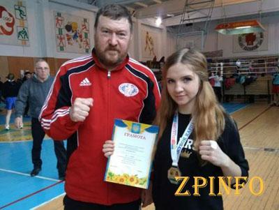 Запорожанки успешно выступили на турнире по боксу