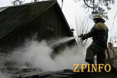 Запорожские спасатели потушили десяток пожаров
