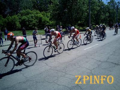 Запорожские триатлонисты успешно выступили в Полтаве