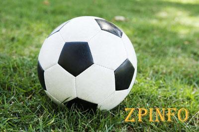 Запорожских футболистов опять разгромили соперники