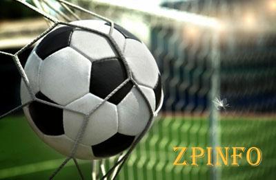Запорожским футболистам забили шесть голов
