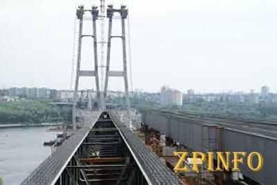 Запорожский мэр ездил в Киев просить деньги на мосты