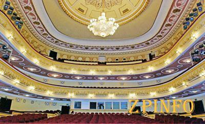 Запорожский театр зовет на открытие 20-го сезона