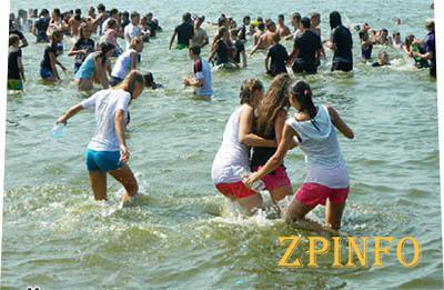 Запорожцы смогут посетить обновленные пляжи уже 1 июня